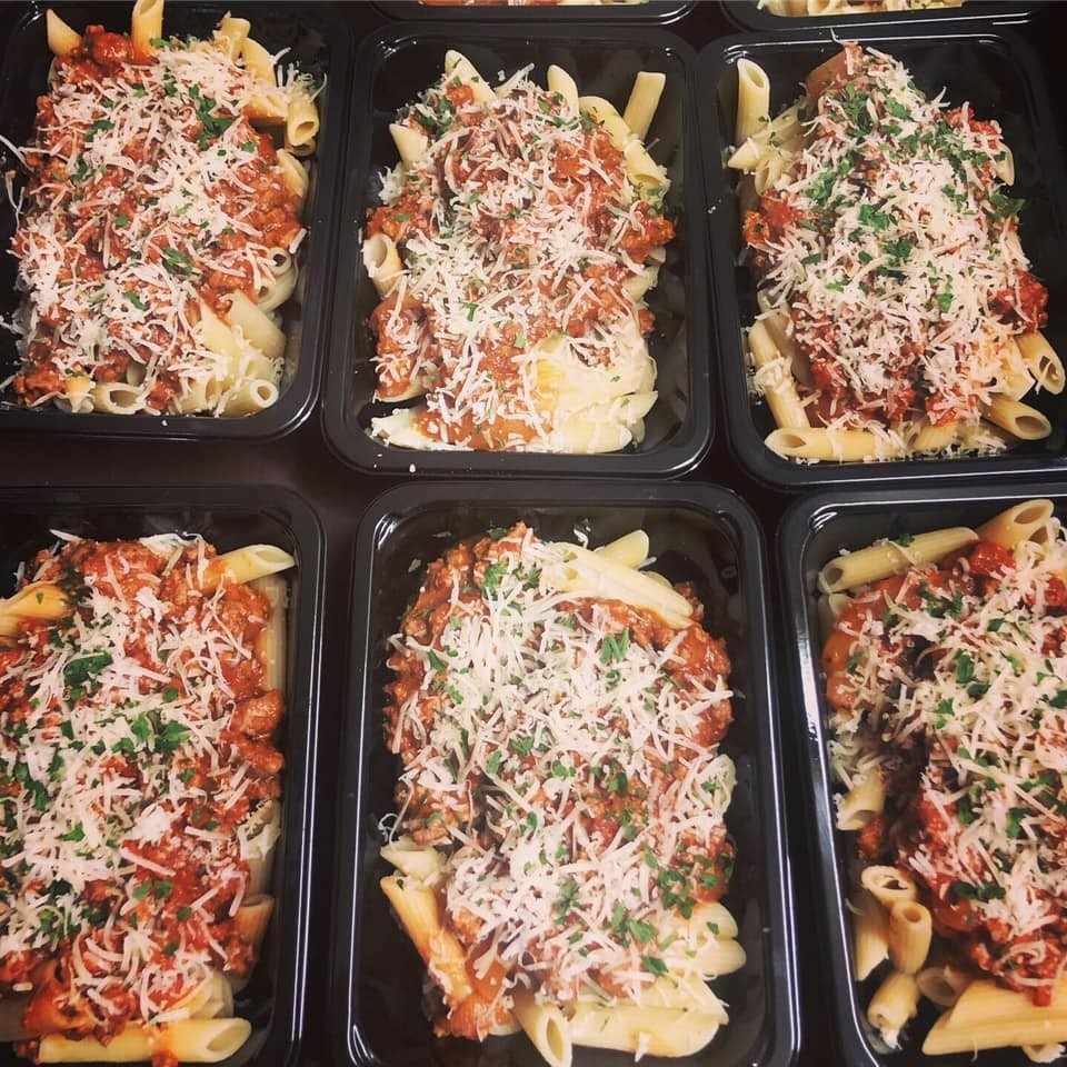 The Hungry Housewife's Eats  Pasta Bolognese